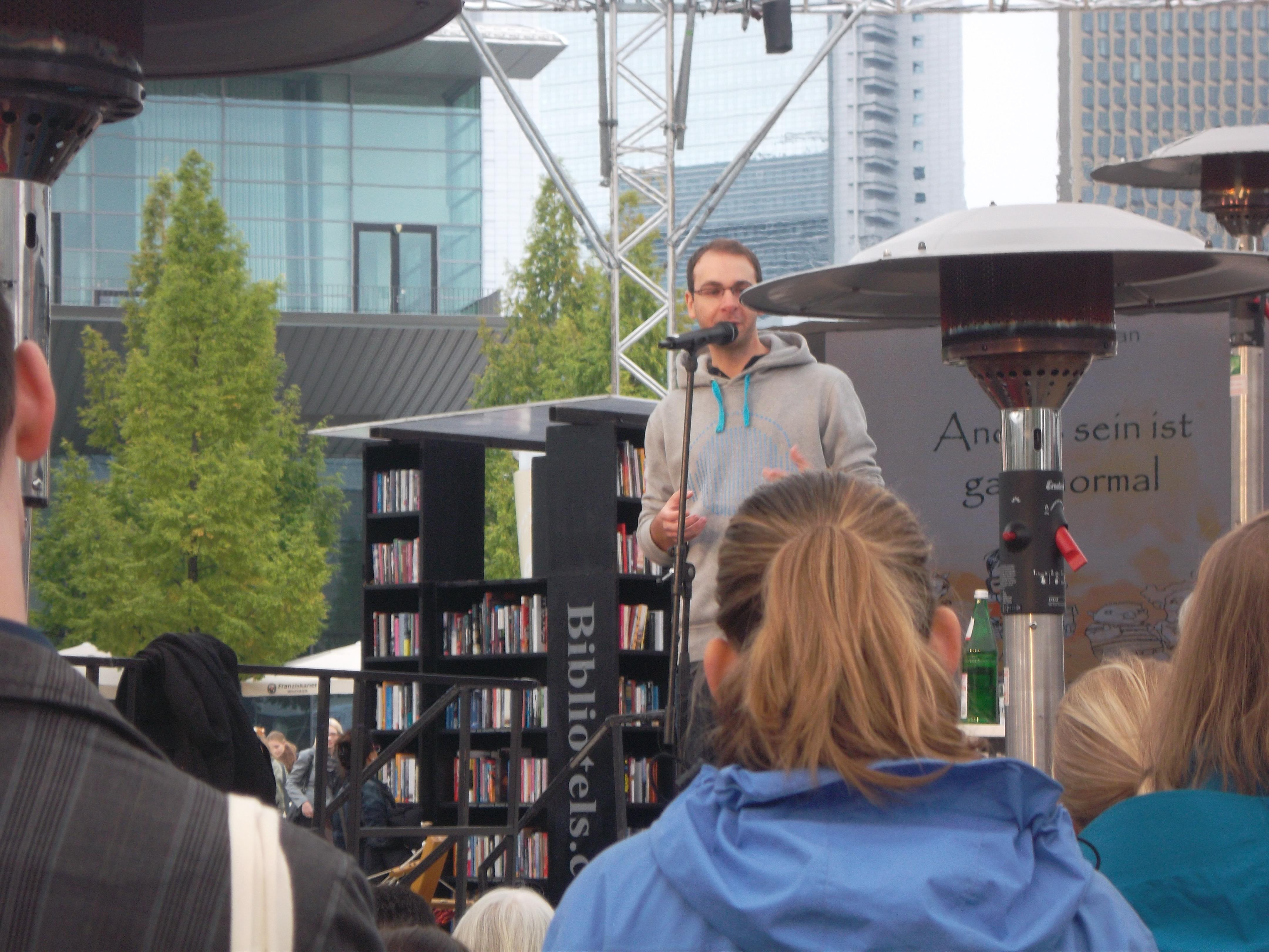Poetry Slam: Moderne Kunst der Literatur – Wir gestalten die Zukunft ...