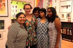 Meine Mitschülerinnen Tanvee, Sonaksha, Saumi und Sarah (v. li. n. re.) © Anna Senft